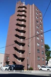 メゾンドゥリバーニュー[4階]の外観
