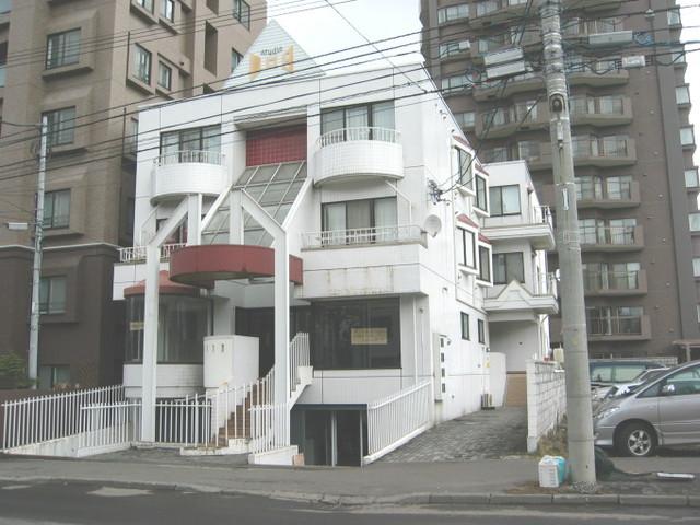 北海道札幌市中央区南二条西22丁目