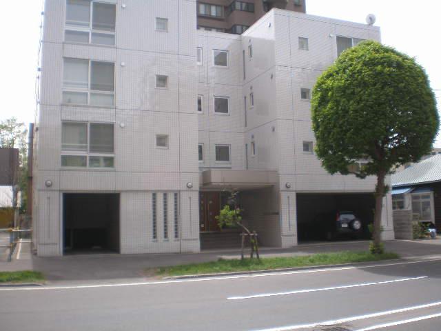 北海道札幌市中央区北二条西17丁目