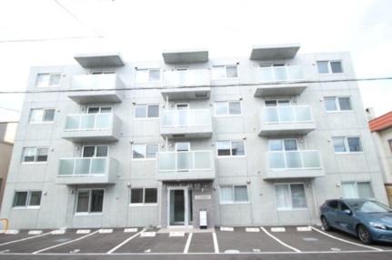 北海道札幌市白石区東札幌六条4丁目の賃貸マンションの外観