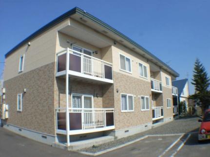 北海道江別市若草町の賃貸アパートの外観