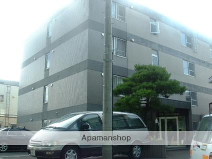 北海道札幌市白石区菊水上町一条3丁目