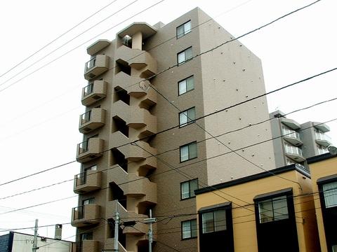 北海道札幌市白石区菊水二条2丁目