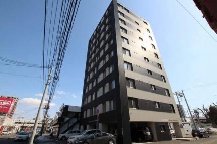 北海道札幌市豊平区平岸三条14丁目の賃貸マンションの外観