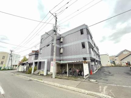 北海道札幌市手稲区富丘一条5丁目の賃貸マンションの外観