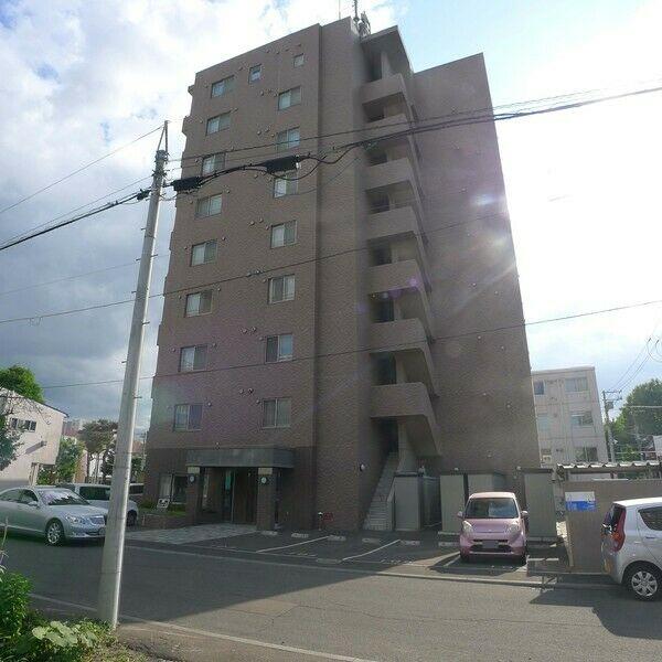 北海道札幌市中央区北七条西17丁目