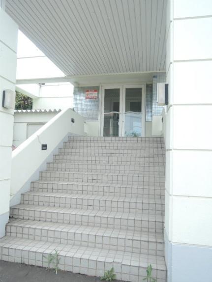 北海道札幌市中央区宮の森四条10丁目の賃貸マンションの外観