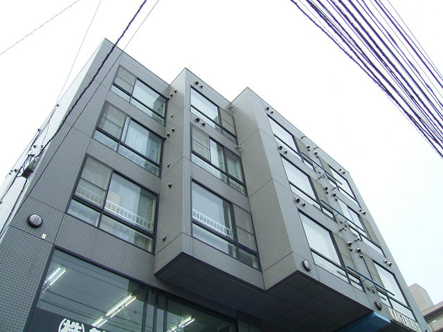 北海道札幌市中央区北二条西25丁目