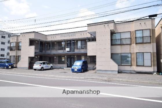 北海道旭川市宮下通19丁目の賃貸アパートの外観