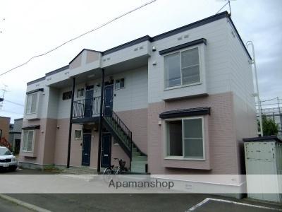 北海道札幌市北区屯田六条3丁目の賃貸アパートの外観