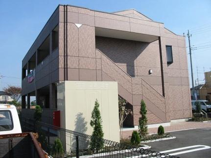 群馬県伊勢崎市南千木町の賃貸アパートの外観