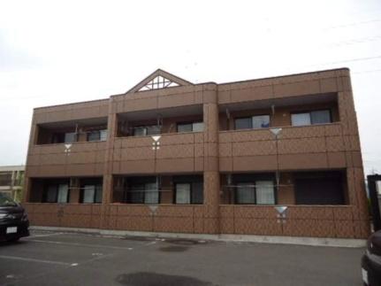 群馬県伊勢崎市粕川町の賃貸マンションの外観