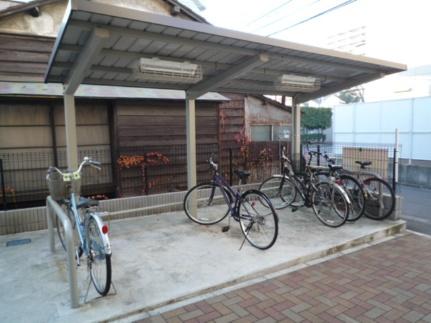 埼玉県川口市中青木2丁目の賃貸アパートの外観