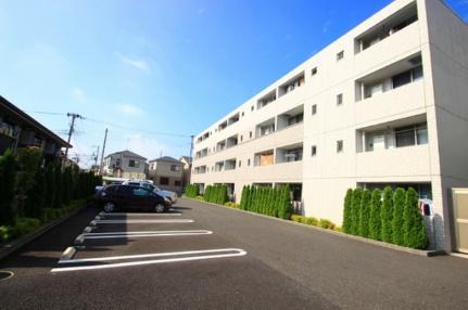 埼玉県志木市柏町3丁目の賃貸マンションの外観