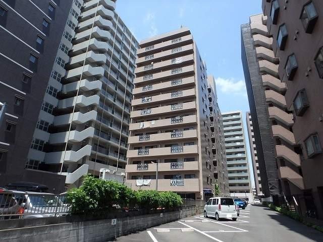 東京都八王子市八日町