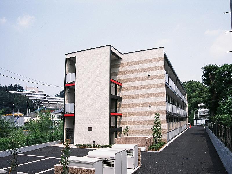 東京都八王子市左入町