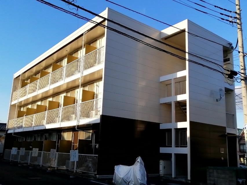 東京都八王子市絹ケ丘2丁目
