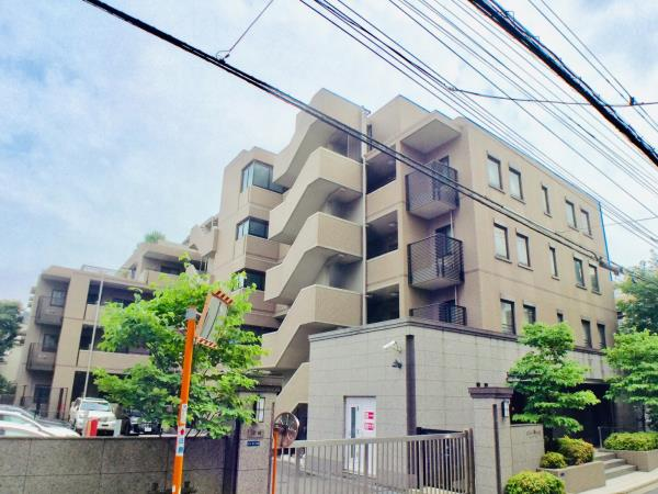 東京都新宿区余丁町