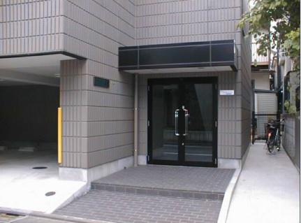 リヴィエール三宿 2階の外観