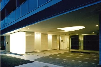 コンフォリア西新宿 15階の外観