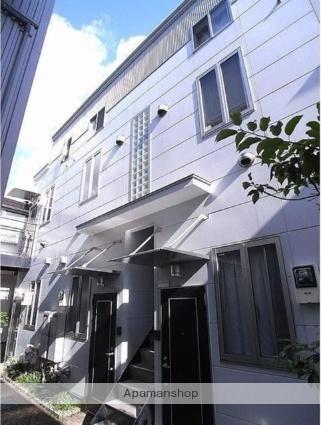 東京都世田谷区弦巻2丁目の賃貸アパートの外観