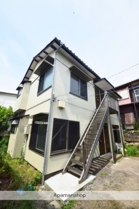 草柳荘[2階]の外観