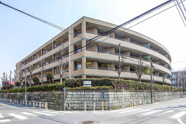 東京都渋谷区鉢山町