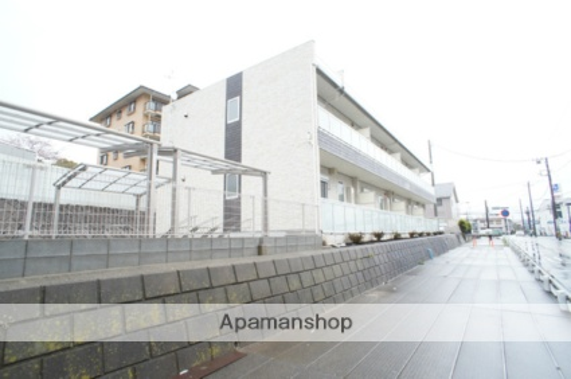 神奈川県横浜市栄区飯島町