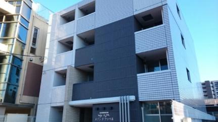 メゾンド・ファベル 3階の外観