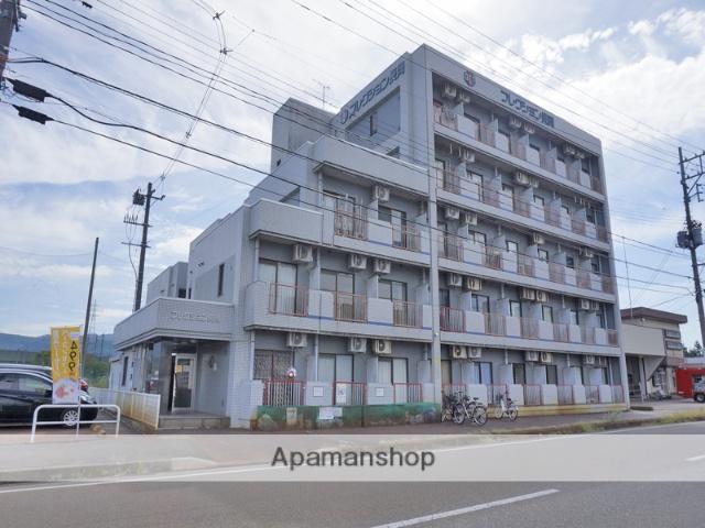 新潟県長岡市曲新町