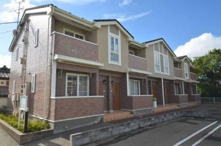 新潟県新潟市西蒲区巻の賃貸アパートの外観