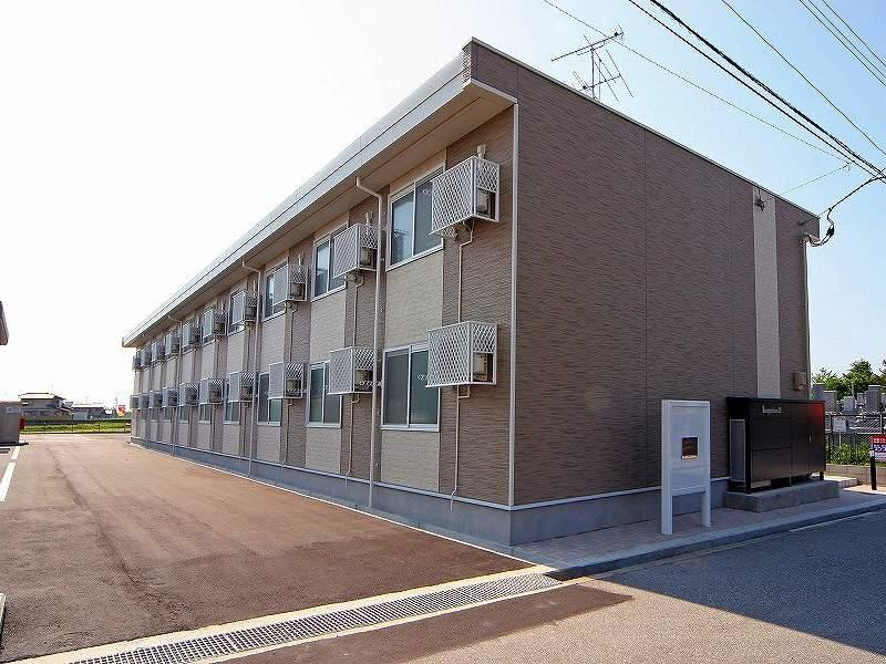 富山県滑川市高月町
