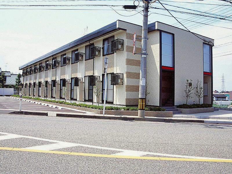 富山県富山市茶屋町