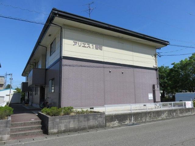 富山県砺波市一番町