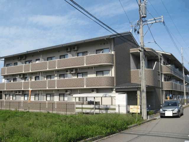 石川県金沢市福増町北