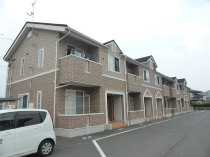 長野県千曲市大字鋳物師屋の賃貸アパートの外観