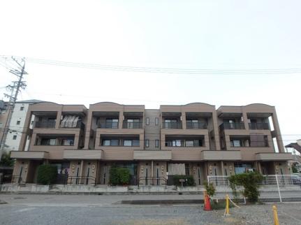 長野県佐久市中込2丁目の賃貸アパートの外観
