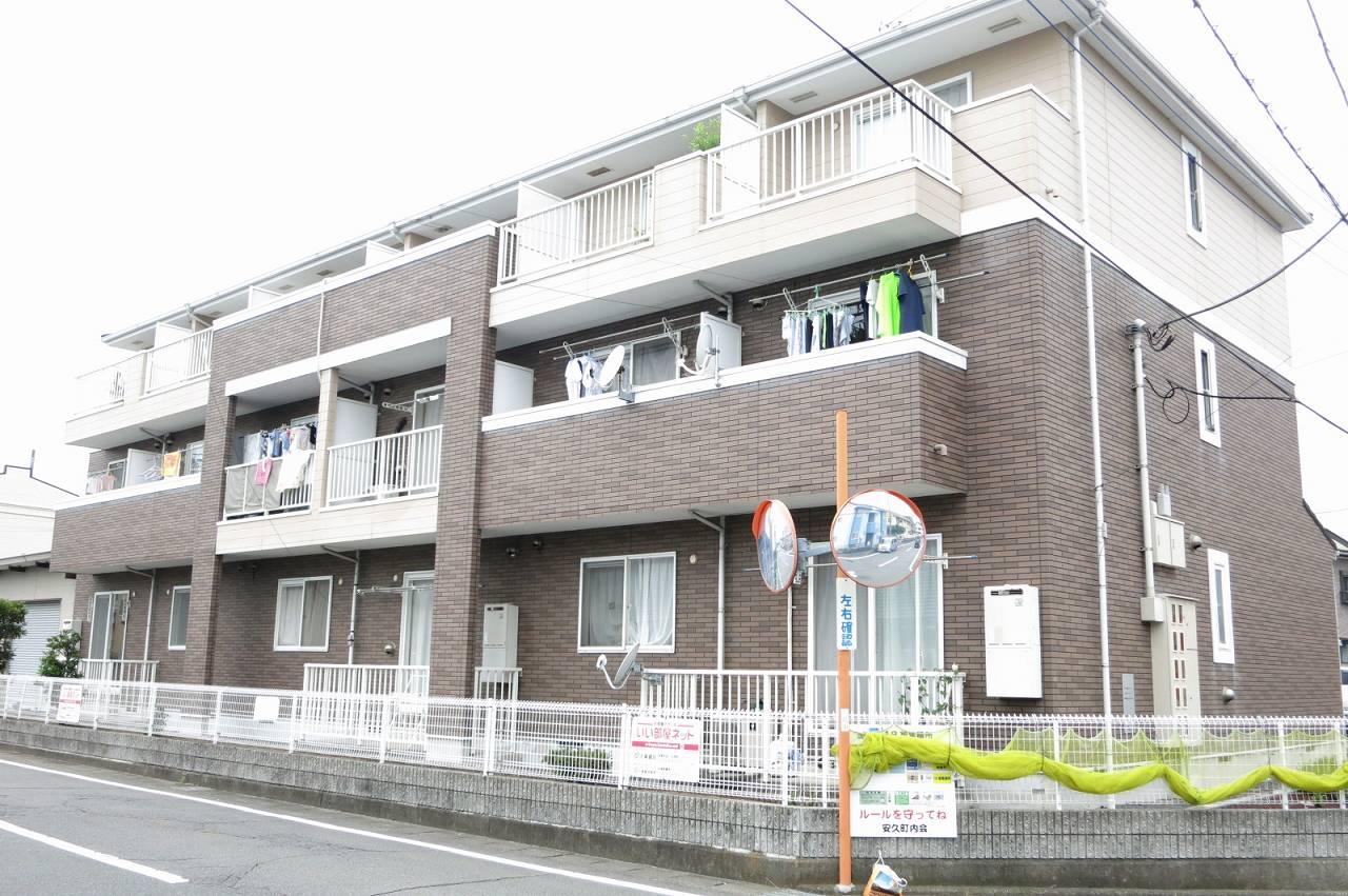 静岡県三島市安久