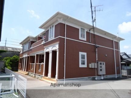 静岡県焼津市北新田の賃貸アパートの外観