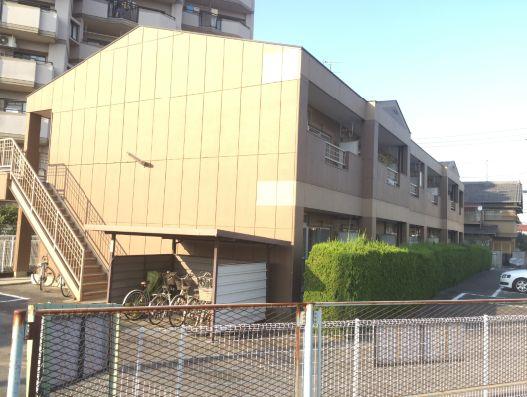 愛知県弥富市鯏浦町方六