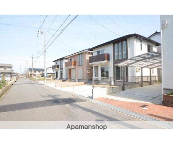 愛知県犬山市上野新町