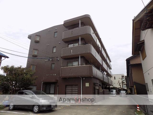 愛知県岩倉市中本町中市場
