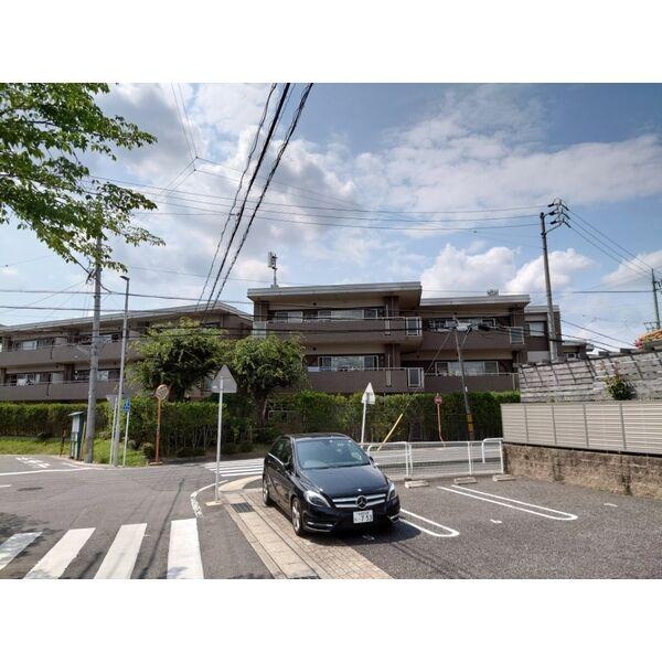 愛知県名古屋市天白区表山1丁目