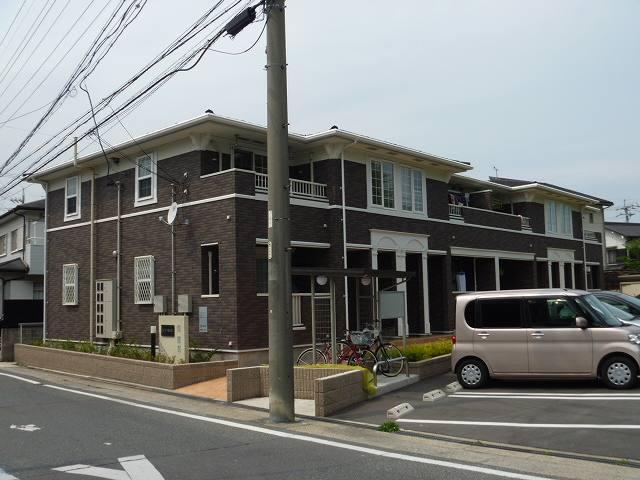愛知県東海市名和町三ツ屋