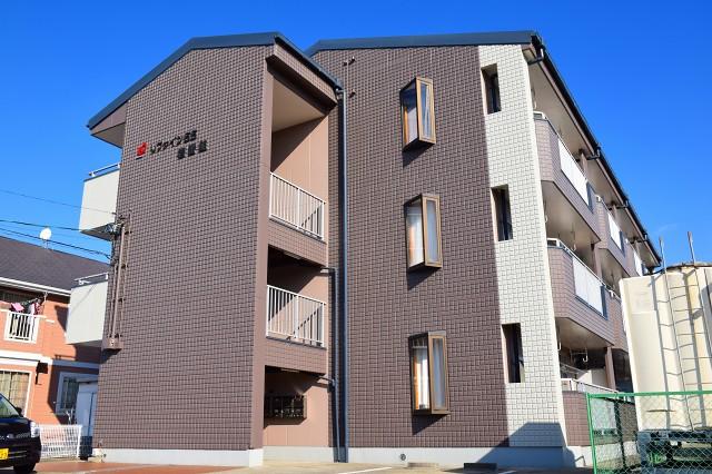 愛知県東海市名和町一番割上