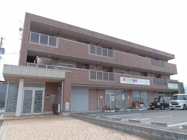 三重県名張市希央台1番町