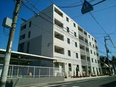 大阪府堺市堺区新在家町東4丁