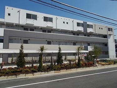 大阪府高槻市名神町