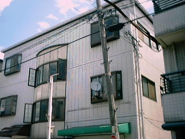 大阪府高槻市明野町