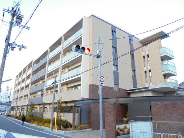 大阪府高槻市川添2丁目
